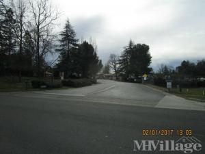 Photo of Lake Oaks Mobile Home Community, Diamond Springs, CA