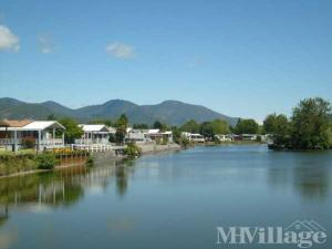 Photo of Westlake Village, Grants Pass, OR