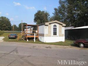 Photo of Mann's Mobile Home Park, Scottsburg, IN