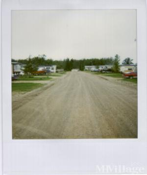 Photo of Country Side Court, Warroad, MN