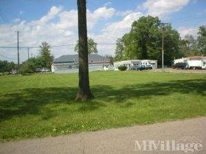 Photo of Lloyds Mobile Home Court, Trenton, MI