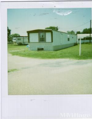 Photo of T & M Mobile Home Park, Youngsville, LA