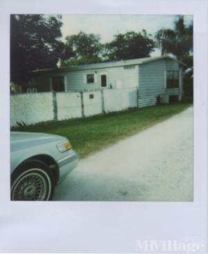 Photo of Duncan Padgett Mobile Home Park, Pahokee, FL