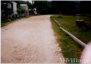 Photo of Gonzales Mobile Home Park, Lavernia, TX