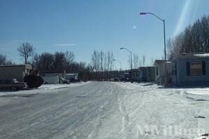 Photo of Holiday Village Mobile Home Park, Minot, ND