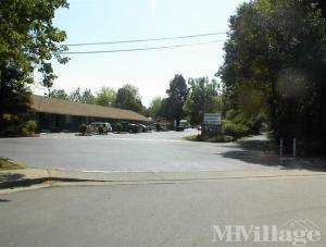 Photo of Royal Oak Manufactured Home Community, Davis, CA