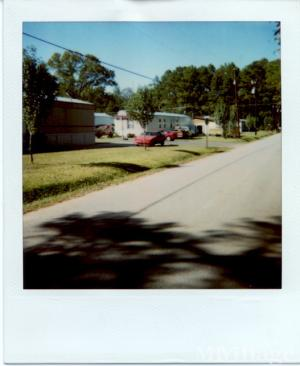 Photo of Silver Maple Mobile Home Park, Ball, LA
