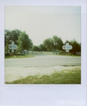 Photo of Three Worlds Manufactured Home Park, Davenport, FL