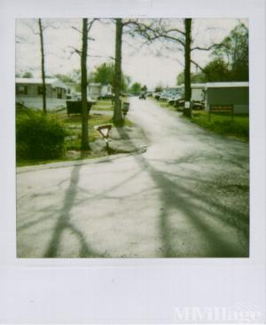 Photo of Eastern Mobile Home Park, Pekin, IN