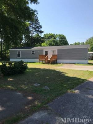 Photo of Country Oaks Mobile Home Park, Danville, VA