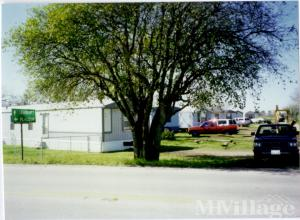 Photo of B & C Mobile Home Park, Bloomington, TX