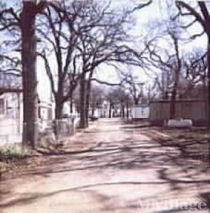 Photo of Royal Oaks Mobile Home Park, Dallas, TX