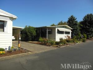 Photo of Briarwood Mobile Home Park, Eugene, OR