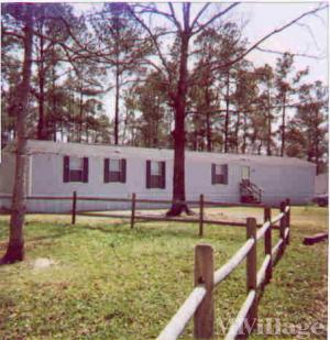 Photo of Hidden Oaks Mobile Home Park, Leland, NC