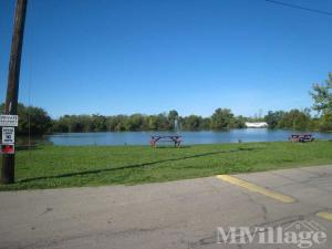 Photo of Island Lake Mobile Home Park, Hamilton, OH