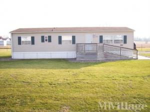 Photo of Cedar Heights Mobile Home Park, Camanche, IA