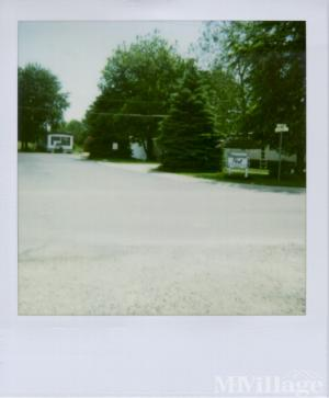 Photo of Briarwood Mobile Home Park, Berne, IN