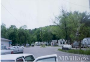 Photo of Granada Mobile Home Park, Dubuque, IA