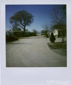 Photo of Valley Oaks Mobile Home Park, Lockwood, CA