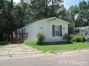 Photo of Cedar Falls Mobile Home Village, Cedar Falls, IA