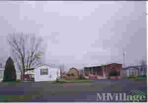 Photo of Creekside Village Mobile Home Community, Mentone, IN
