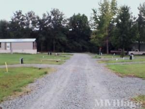 Photo of West End Mobile Home Park, Queen City, TX