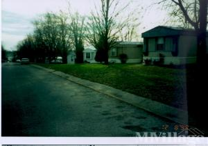 Photo of Windmill Mobile Home Park, Nicholasville, KY