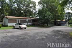 Photo of Riverchase Mobile Home Park, Heber Springs, AR