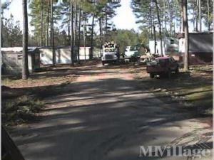 Photo of Pinewood Mobile Home Park, Lincolnton, NC