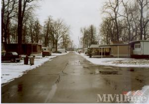 Photo of Royal Oaks Mobile Home Park, Anderson, IN