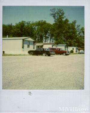 Photo of Hickory Lane Mobile Home Park, Three Rivers, MI