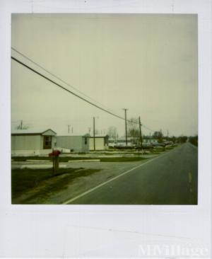 Photo of Dale Roe Courts, Rudolph, OH