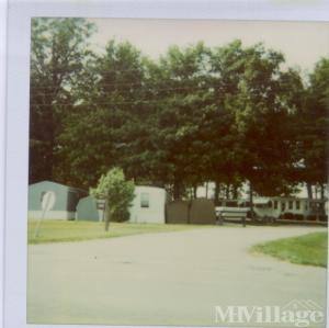 Photo of Woodland Village Mh Park, Shelbyville, IN