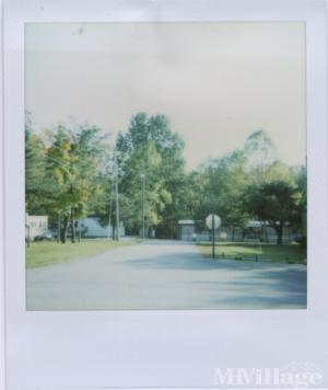 Photo of Pine Crest Mobile Home and RV Park, Russell Springs, KY