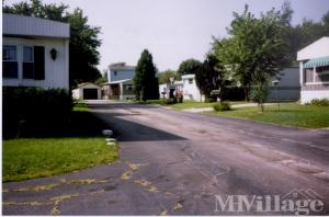 Photo of Hillcrest Mobile Manor, Bloomington, IL