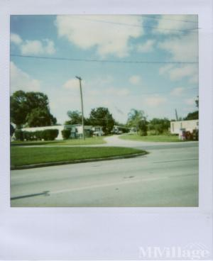 Photo of Happy Day Mobile Home Park, Auburndale, FL