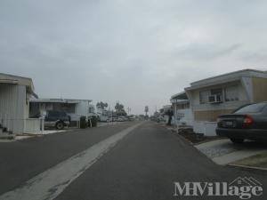 Photo of Rosewood Mobile Home Park, Bellflower, CA