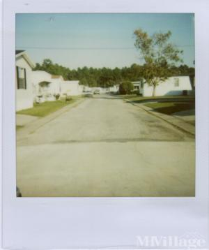 Photo of Poolside Mobile Home Village, Gulfport, MS