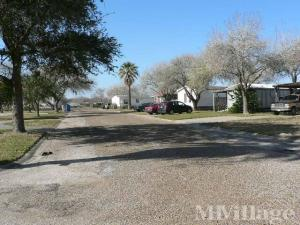 Photo of Aransas Oaks Mobile Home Park, Aransas Pass, TX