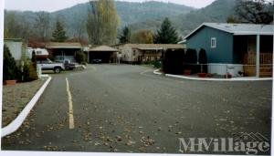 Photo of Grays Mobile Home Park, Roseburg, OR